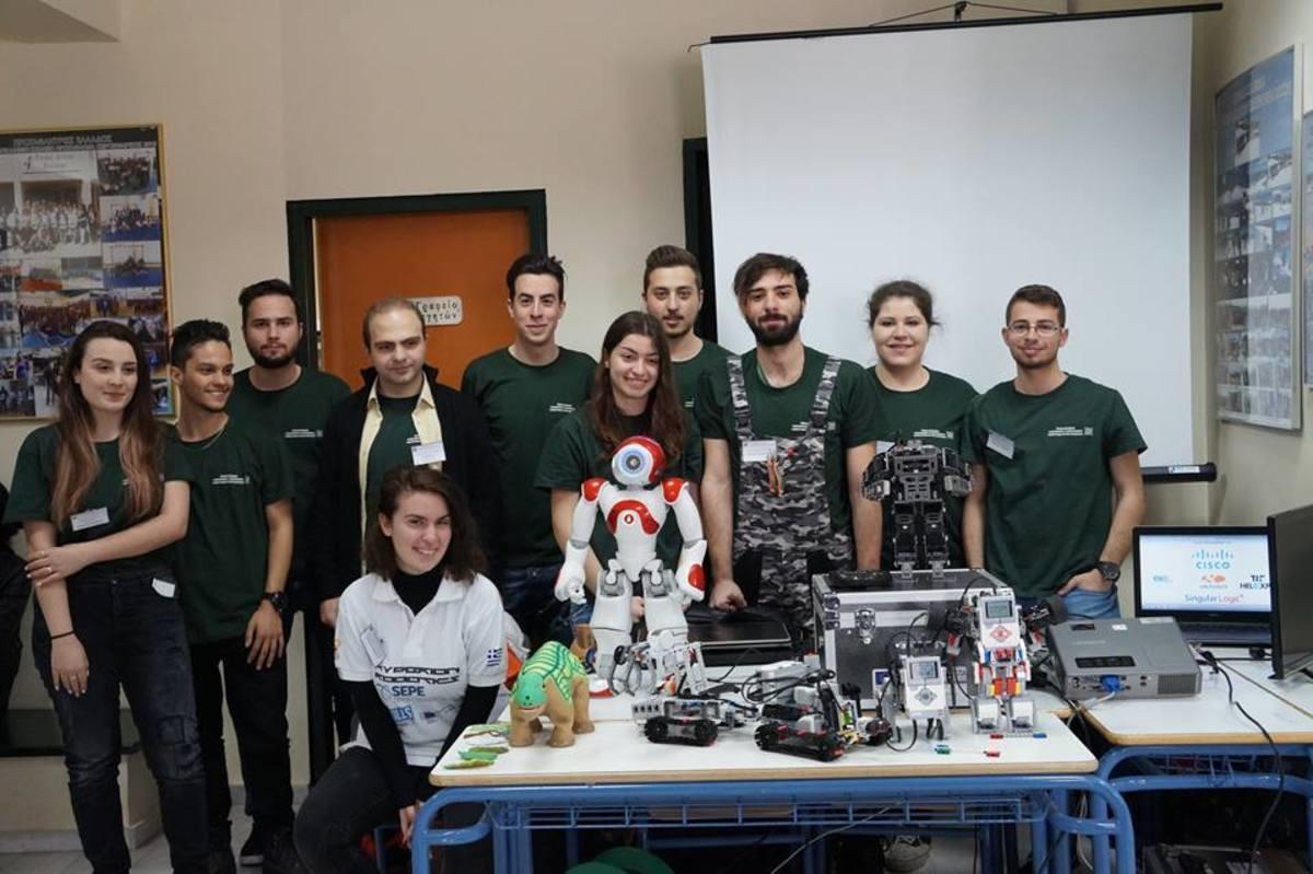 Χριστουγεννιάτικες ρομποτικές εικόνες του μέλλοντος από φοιτητές του Πανεπιστημίου Δυτικής Μακεδονίας