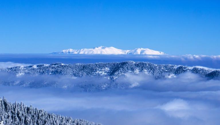 Καιρός: Καταιγίδες και χαλάζι από αύριο – Χριστούγεννα με άνοδο της θερμοκρασίας και Πρωτοχρονιά με χιόνια [χάρτες]