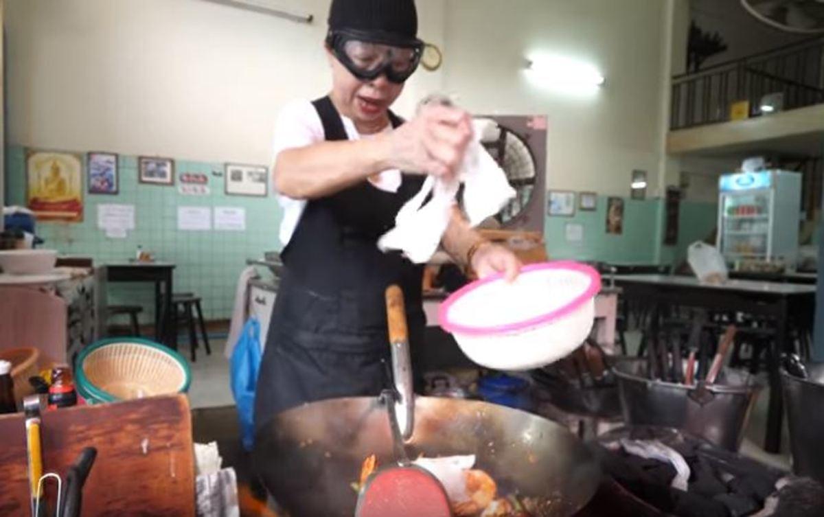 Το street food της Ταϊλάνδης που κέρδισε αστέρι Michelin