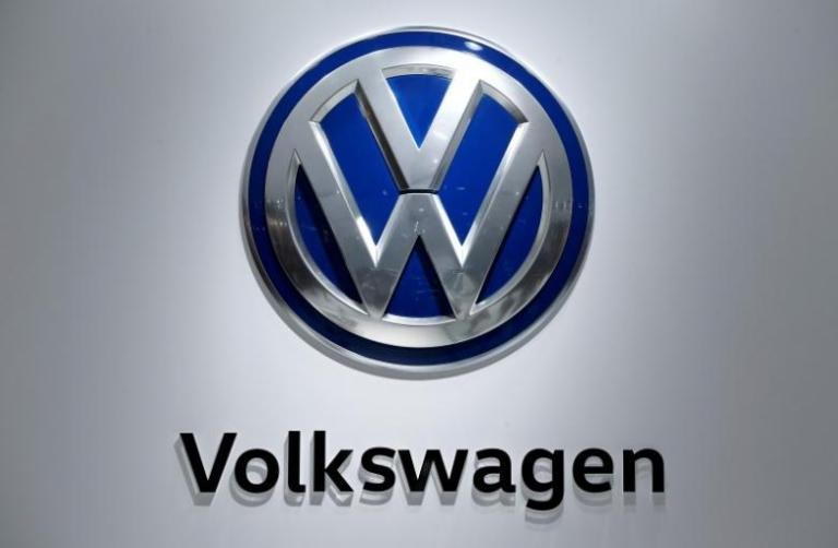 Νέο πρόβλημα για την Volkswagen – Ανακαλεί 220.000 οχήματα