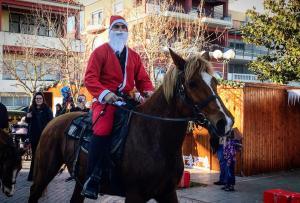 Με… άλογα οι Άγιοι Βασίληδες στην Πρέβεζα! [pics]