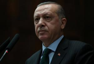 """Θράκη: Φέρνουν Τούρκους """"κλακαδόρους"""" για την υποδοχή του Ταγίπ Ερντογάν – Νέα προκλητικά καλέσματα!"""