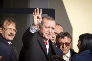 Ερντογάν: Συνεχίζει να προκαλεί! Η επίθεση στους Ελληνοκύπριους και η δίκαιη λύση για το Αιγαίο
