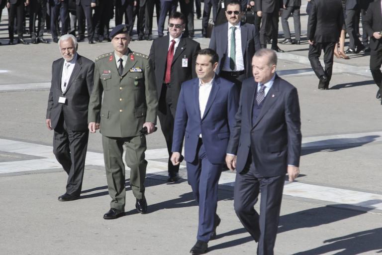 """Αιχμές Έλληνα αξιωματούχου για τις δηλώσεις Ερντογάν: """"Το τανγκό θέλει πάντα δύο"""""""