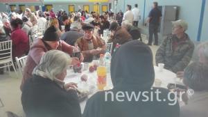 Χριστούγεννα 2017: Γεύμα αγάπης για τους άστεγους της Αθήνας