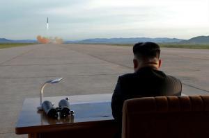 """Πυρηνικός """"πυρετός""""! Ο Κιμ Γιονγκ Ουν κατηγορεί Τραμπ για εκβιασμό"""