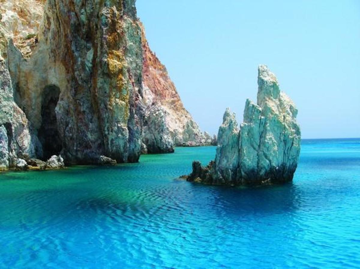 Ελληνικό νησί προτείνει η Telegraph για διακοπές το 2018 – Δεν μαντεύετε ποιο είναι [pics]