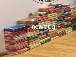 Αυτά είναι τα ναρκωτικά που βρέθηκαν σε πολυτελές διαμέρισμα στη Βάρκιζα! Αποκλειστικές εικόνες