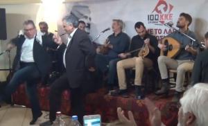 Κρήτη: Έσυρε το χορό ο Δημήτρης Κουτσούμπας! [vid, pics]