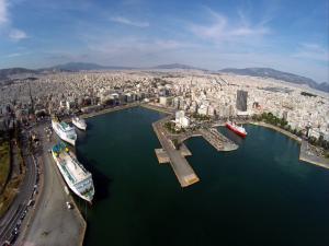 Υπερπολυτελή ξενοδοχεία και εμπορικό κέντρο στο λιμάνι Πειραιά! Οι Κινέζοι της COSCO το κάνουν… αγνώριστο