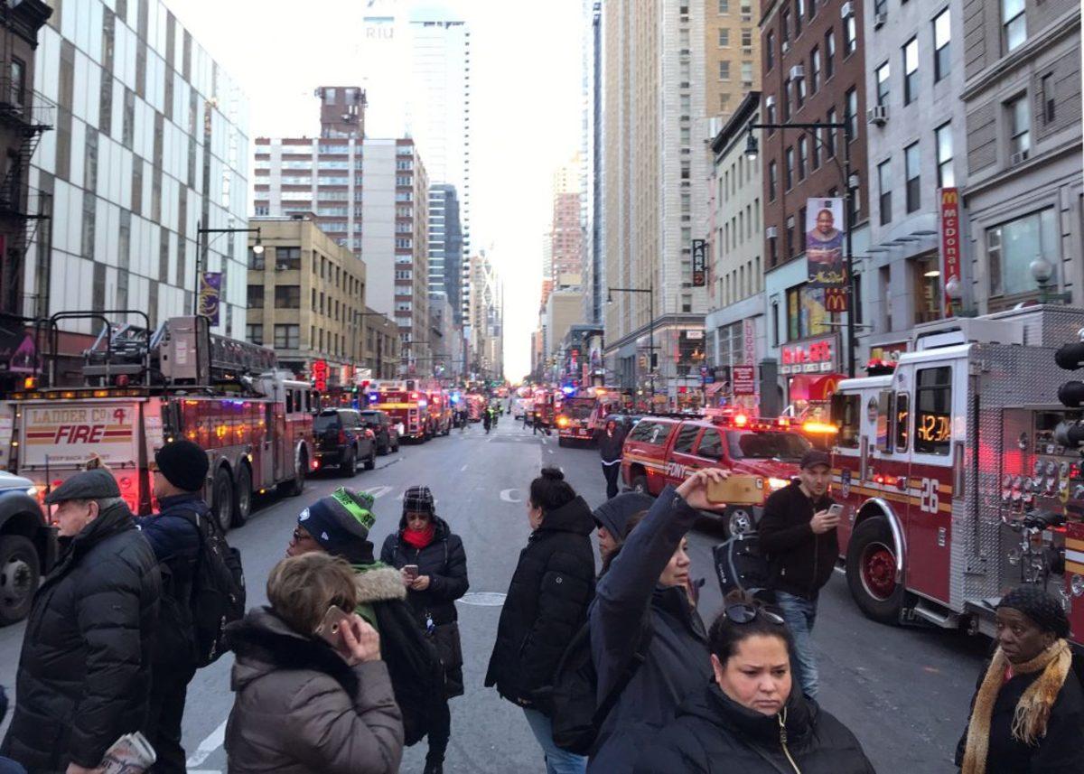 Τρόμος στη Νέα Υόρκη! Έκρηξη στον κεντρικό σταθμό λεωφορείων – Πανικός ανάμεσα στους επιβάτες