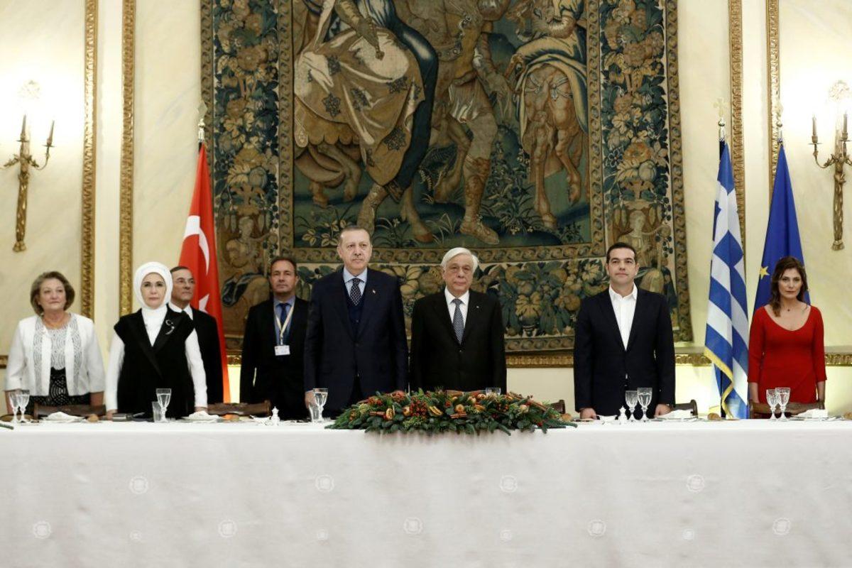Live: Ο Ερντογάν στην Αθήνα – Λεπτό προς λεπτό η επίσκεψη του Προέδρου της Τουρκίας