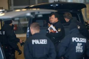 Συναγερμός στην Κολωνία – Γυναίκα άφησε πακέτο της DHL σε φαρμακείο και εξαφανίστηκε!