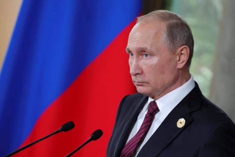 Πούτιν: Εξαιρετική η πρόταση της Aeroflot για μεταφορά των Ρώσων φιλάθλων στο Μουντιάλ με 5 ρούβλια