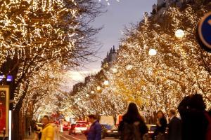 Οι Έλληνες κάνουν Χριστούγεννα και Πρωτοχρονιά στο εξωτερικό! Τουριστικά πακέτα ούτε για… δείγμα!