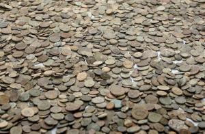 Αχαΐα: Έκλεψαν συλλεκτικά νομίσματα αξίας 100 χιλιάδων ευρώ!