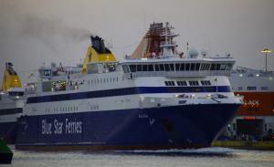 Θρίλερ με την ταυτότητα του νεκρού επιβάτη στο πλοίο
