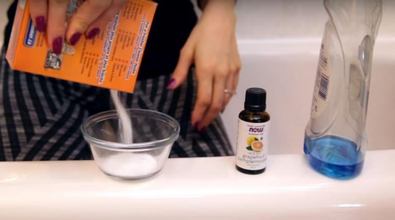 Πώς καθαρίζει η μπανιέρα από άλατα και βρωμιές [vid]   Newsit.gr