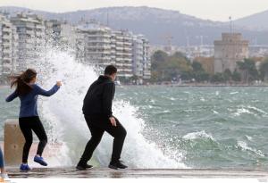 Θεσσαλονίκη: Διακοπές ρεύματος στο κέντρο – Τα προβλήματα που έφεραν οι θυελλώδεις άνεμοι!