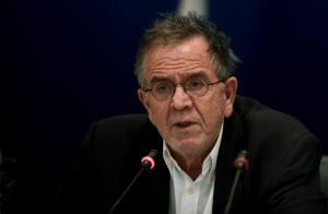 Χίος: Ο Μουζάλας αναρωτιέται για τη ΒΙΑΛ και οι κάτοικοι βράζουν – Οι σκέψεις του υπουργού [pic, vid]