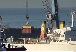 Θεσσαλονίκη: Έδεσε το πλοίο με τους 410 τόνους εκρηκτικών – Τι προβλέπει ο σχεδιασμός για τη συνέχεια…