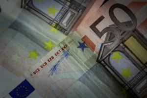 Με το πάτημα ενός κουμπιού η πληρωμή φόρων από 15 Φεβρουαρίου, αρκεί να … υπάρχουν λεφτά
