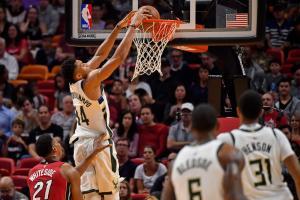 NBA: Top 10 με «οδοστρωτήρα» Αντετοκούνμπο! [vid]