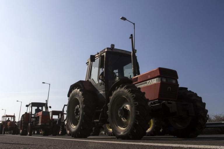 Μπλόκα σε όλη την Ελλάδα αποφάσισαν οι αγρότες | Newsit.gr