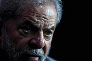 Απαγόρευσαν την έξοδο από τη χώρα στον πρώην πρόεδρο της Βραζιλίας