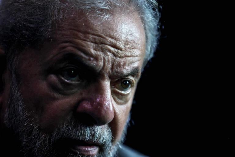 Απαγόρευσαν την έξοδο από τη χώρα στον πρώην πρόεδρο της Βραζιλίας | Newsit.gr