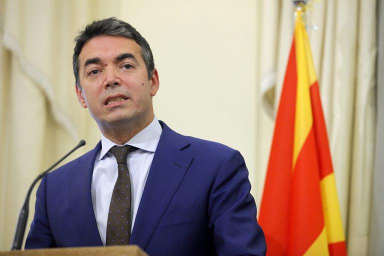 Σκόπια: Αποστάσεις και «ξύλο» στον διαπραγματευτή τους! Νέο «άδειασμα» από τον ΥΠΕΞ της πΓΔΜ | Newsit.gr