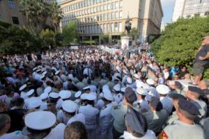 ΝΔ: Τσίπρας – Καμμένος εξαπατούν τους συνταξιούχους Ενόπλων Δυνάμεων και Σωμάτων Ασφαλείας
