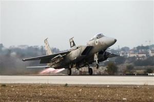 Αεροπορικά χτυπήματα των ισραηλινών κατά θέσεων της Χαμάς