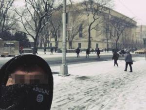 Συναγερμός για selfie με κασκόλ του ISIS στη Νέα Υόρκη