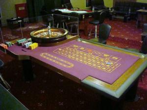 Στην Ελλάδα της κρίσης έρχονται να ανθίσουν 13 συν ένα καζίνο