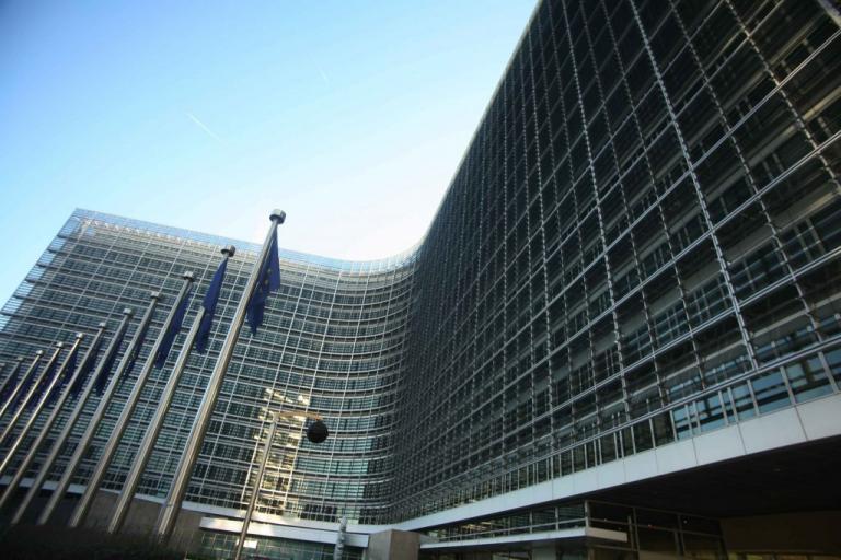 «Σαρώνει» το διαδίκτυο η Κομισιόν – «Μέτωπο» ενάντια στα fake news | Newsit.gr