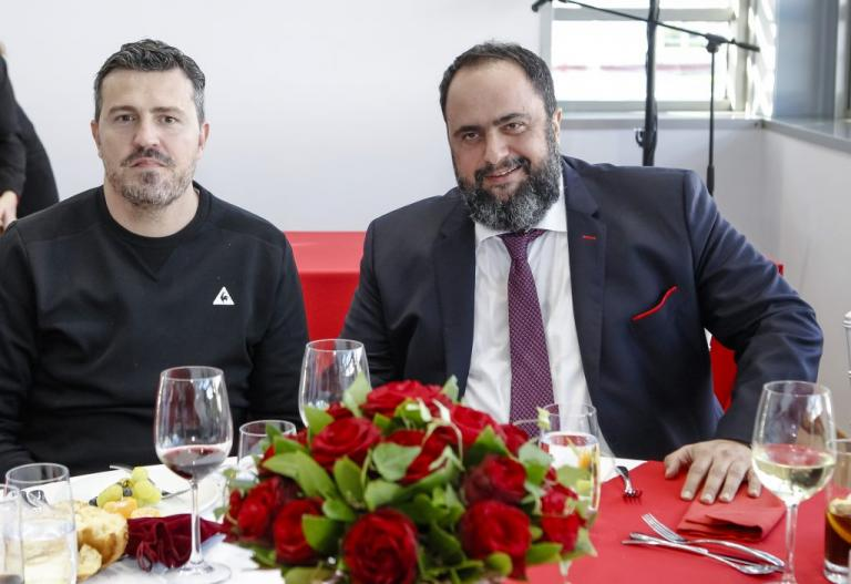 """Ολυμπιακός – Μαρινάκης: """"Ενισχύσαμε την ομάδα! Να κερδίσουμε το πρωτάθλημα""""   Newsit.gr"""