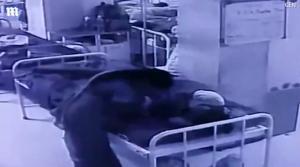 Ανατριχιαστικό βίντεο! Της έκλεψε το νεογέννητο μωρό από την αγκαλιά