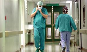 ΠΟΕΔΗΝ – Απίστευτη καταγγελία: Προσβλήθηκαν από ιλαρά εργαζόμενοι στον «Ευαγγελισμό»
