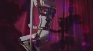 Ρομπότ-στριπτιζέζ σε κλαμπ του Λας Βέγκας [vid]