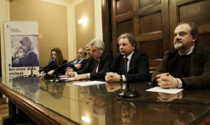 Για παράνομη κράτηση του Τούρκου αξιωματικού έκαναν λόγο μέλη του Ελληνικού Συμβουλίου για τους Πρόσφυγες, νομικοί και πολίτες
