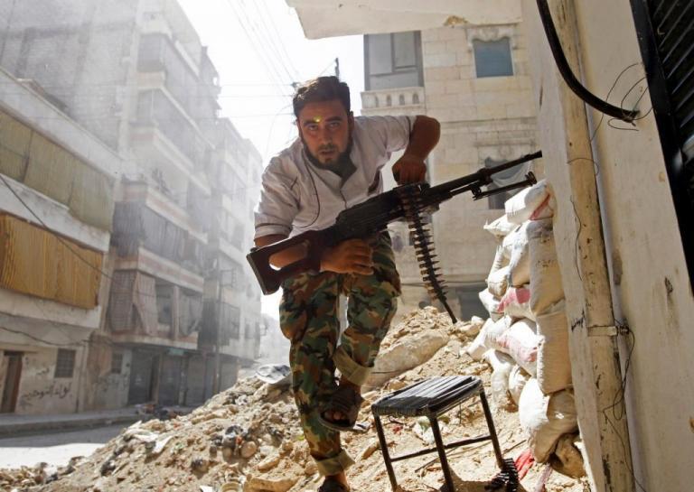 Συρία: Σφοδρές μάχες με δεκάδες νεκρούς στη Δαμασκό | Newsit.gr