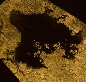«Επίπεδο θάλασσας» από υδρογονάνθρακες βρέθηκε στον Τιτάνα!