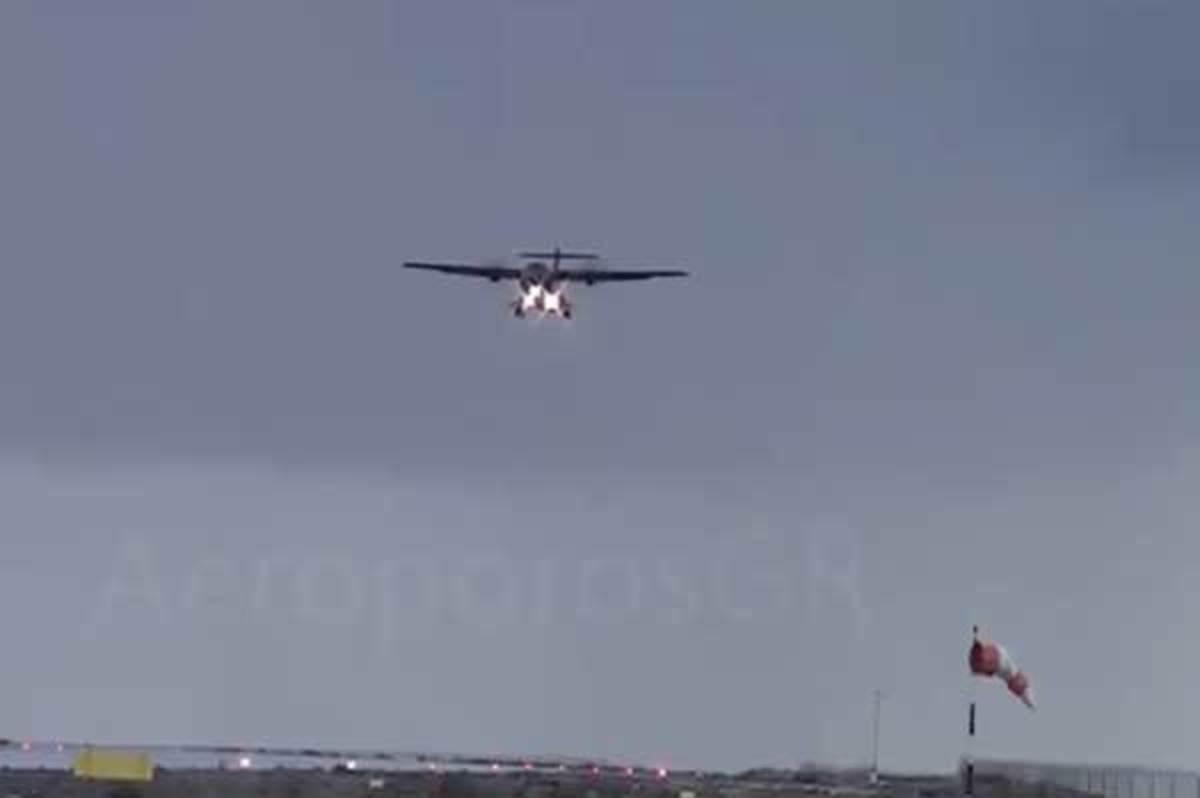 Κάλυμνος: Αεροπλάνο προσπαθεί να προσγειωθεί εν μέσω κακοκαιρίας | Newsit.gr