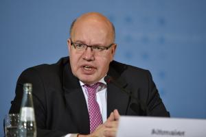 Αλτμάιερ: Η Ελλάδα δεν θα χρειαστεί τέταρτο πρόγραμμα