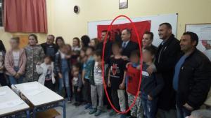 Χανιά: Μαθητής με μπλούζα της «Μεγάλης Αλβανίας» σε σχολείο – Η εικόνα που πρόσεξαν λίγοι στην Παλαιοχώρα [pics]
