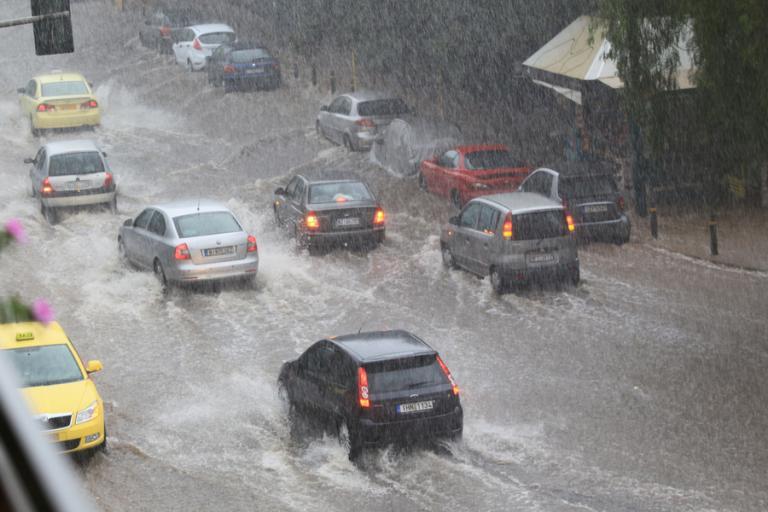Καιρός: Έρχεται επιδείνωση με καταιγίδες και χιόνια – Έκτακτο δελτίο από την ΕΜΥ | Newsit.gr