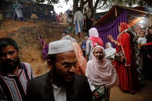 Μιανμάρ: Επιστρέφουν στις κατοικίες τους 100.000 Ροχίνγκια