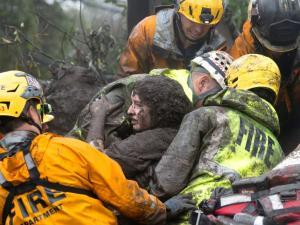 Καλιφόρνια: 13 οι νεκροί από τις κατολισθήσεις! [pics, vids]