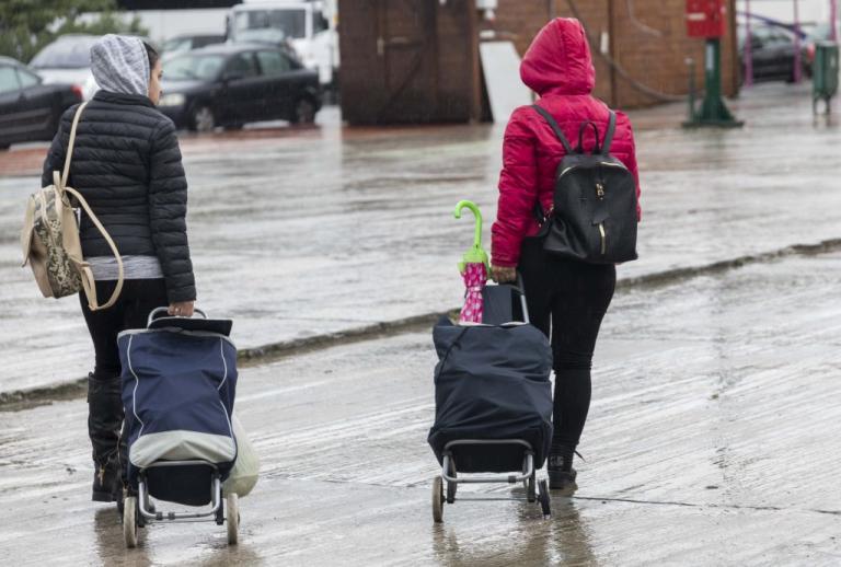 Κοινωνικό Εισόδημα Αλληλεγγύης: Στον «αέρα» 45.000 δικαιούχοι – Πότε υποβάλλονται οι αιτήσεις | Newsit.gr